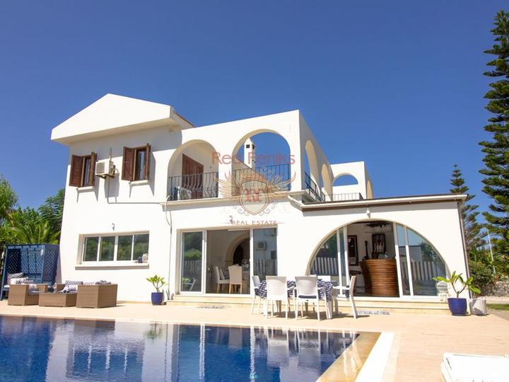 Kyrenia   Karsiyaka £ 249,950 Вилла с 3 спальнями + бассейн 10 м x 5 м + частично меблированная + центральное отопление + потрясающий вид на горы - Титул на имя владельца уплачен НДС.
