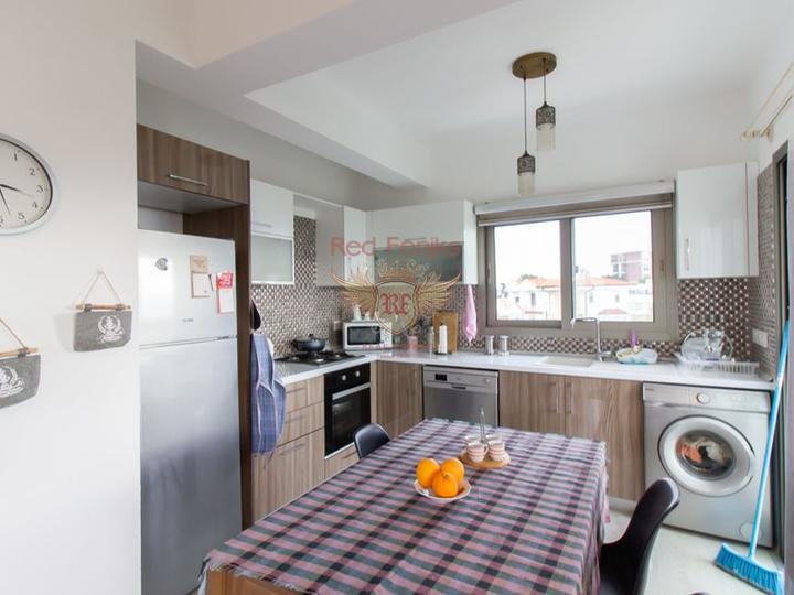 Продано! Вилла с 5 спальнями + 3 ванные комнаты + бытовая техника, купить дом в Кирения