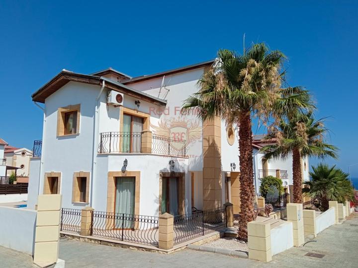 Вилла с тремя спальнями + бассейн 8м х 4м + кондиционеры, Дом в Кирения Северный Кипр