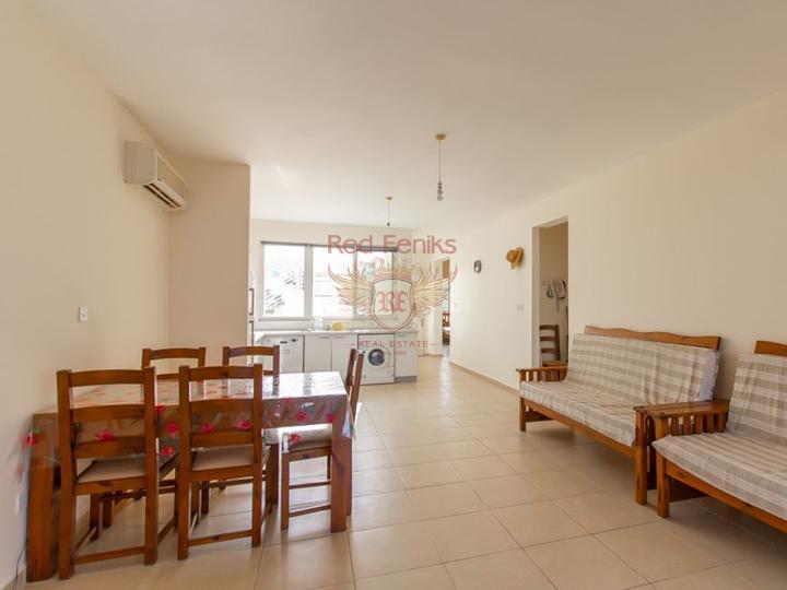 Современные апартаменты у моря в комплексе с большим эко-бассейном, купить квартиру в Кирения