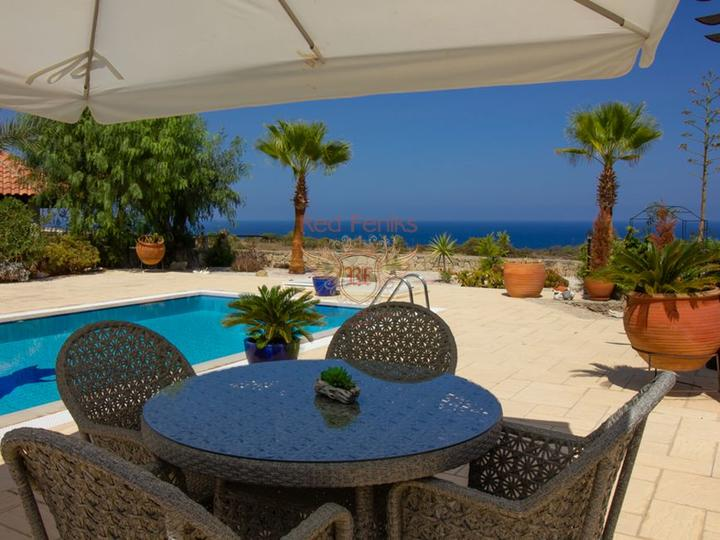 Вилла в средиземноморском стиле с 3 спальнями + полностью меблированная, купить дом в Фамагуста