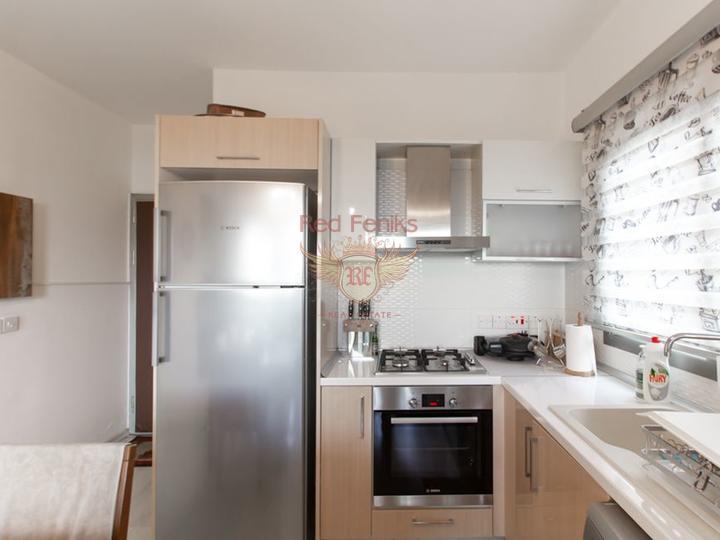 Бунгало с 3 спальнями + бассейн 10м x 5м + центральное отопление, Вилла в Кирения Северный Кипр