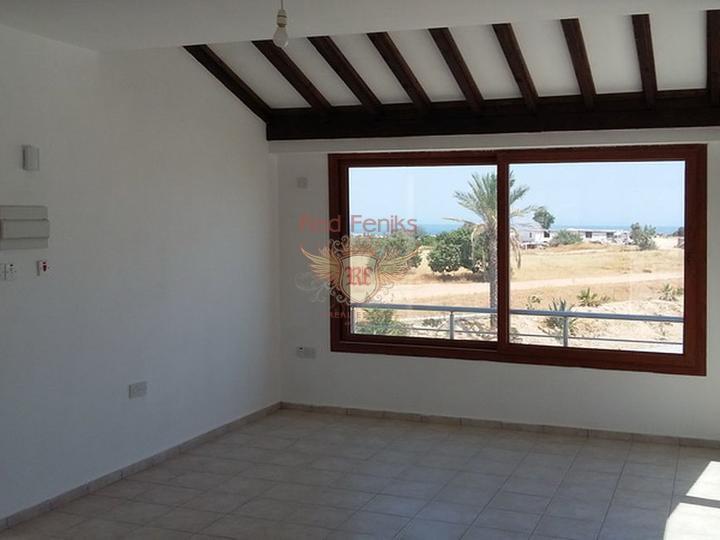 Новые квартиры на первом этаже + общий бассейн + вид на море, купить квартиру в Кирения