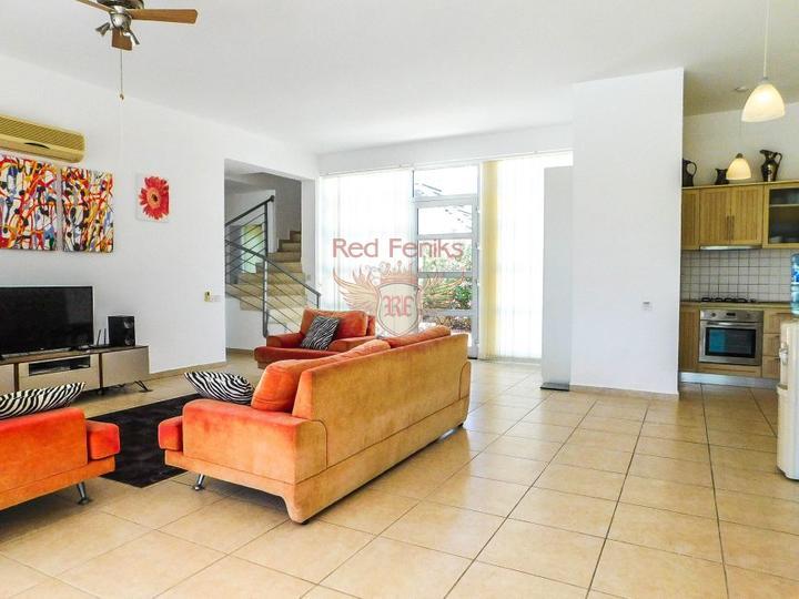 Вилла с 3 спальнями + бассейн 10 х 5 м + кондиционер + кухонная техника + полностью меблирована, купить дом в Кирения