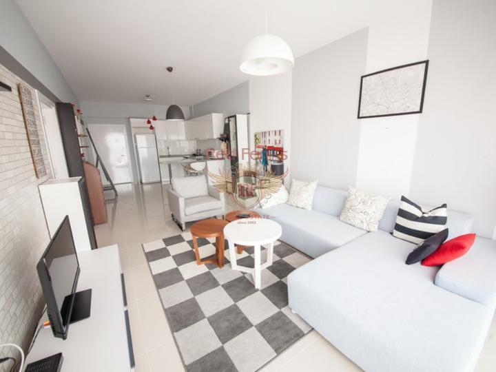 Квартира с 2 спальнями + 5 общих бассейнов + СПА центр + 600 м от песчаного пляжа + схема оплаты, Квартира в Кирения Северный Кипр