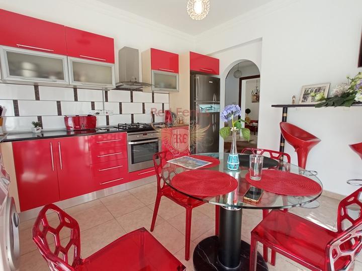 Вилла с тремя спальнями + бассейн 8м х 4м + кондиционеры, Вилла в Кирения Северный Кипр