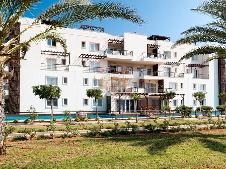 Квартира 3 + 1 + общий бассейн + СПА-центр + песчаный пляж + Титул до 74 лет в Турции, Квартира в Фамагуста Северный Кипр