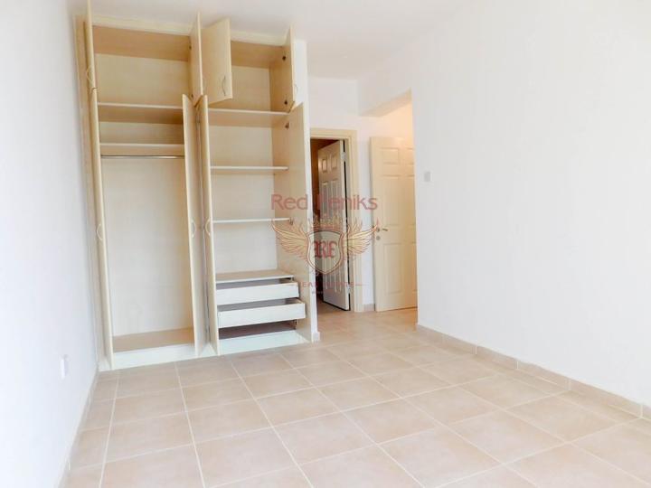 Прекрасные апартаменты c 2 спальнями + вблизи моря, купить квартиру в Кирения
