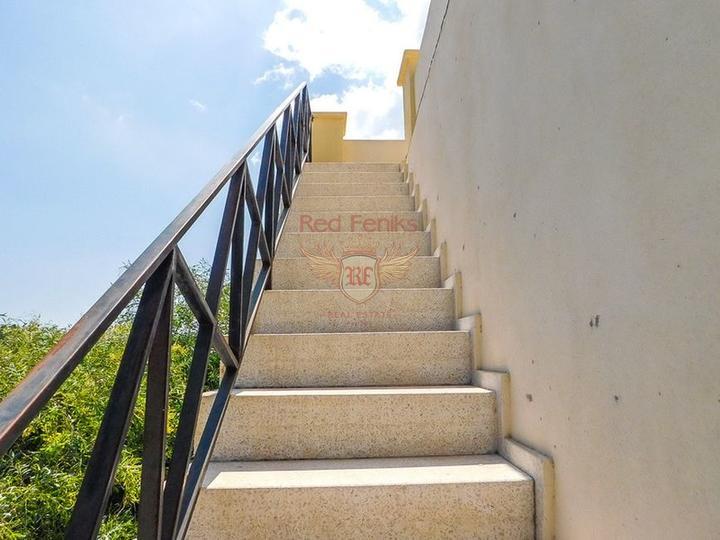 Односпальный пентхаус с мебелью и бытовой техникой, Квартира в Кирения Северный Кипр