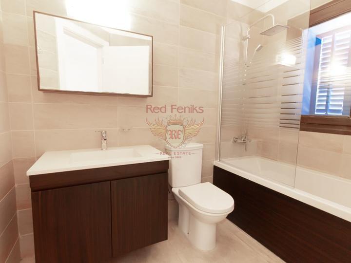 Современные виллы с 4 спальнями + план оплаты + вид на море и горы, Дом в Кирения Северный Кипр