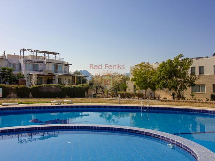 Квартира 1+1 на первом этаже + общий бассейн + пешая доступность до моря, Квартира в Кирения Северный Кипр