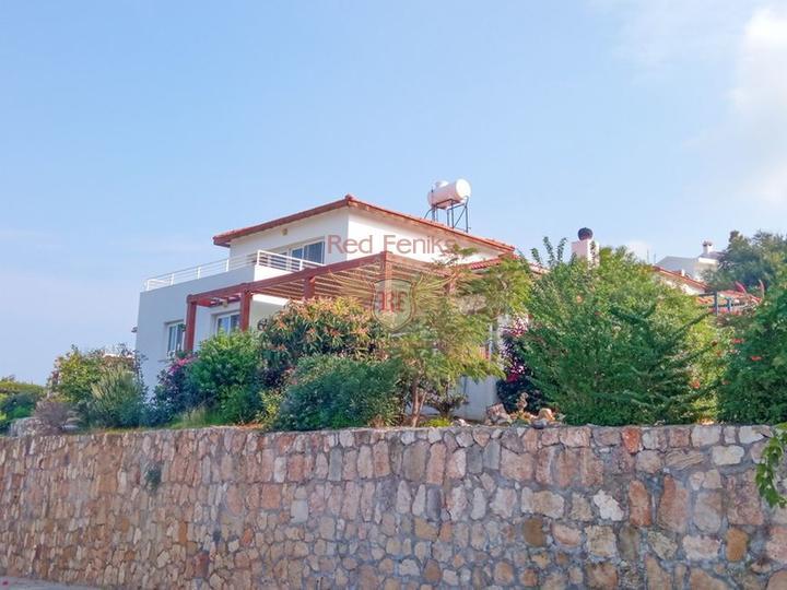 Новая вилла с 3 спальнями + недалеко от Британского колледжа Некат + вид на море и горы, купить дом в Кирения