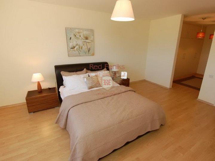 Студия и 3-комнатные вторичные апартаменты класса люкс + общий бассейн + СПА центр + песчаный пляж, купить квартиру в Фамагуста