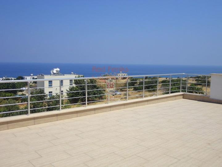 Вилла с 5 спальнями + бассейн 10 х 5 м + потрясающий вид на море, купить виллу в Кирения