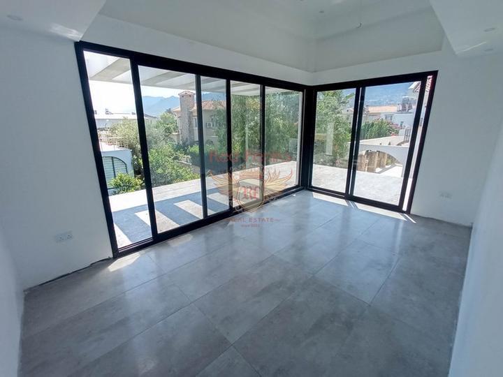 Новая вилла с 4 спальнями + потрясающий вид на горы, купить дом в Кирения