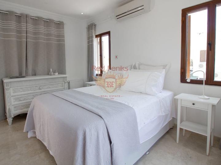 Вилла с 3 спальнями + бассейн 10 м x 5 м + частично меблированная, Дом в Кирения Северный Кипр