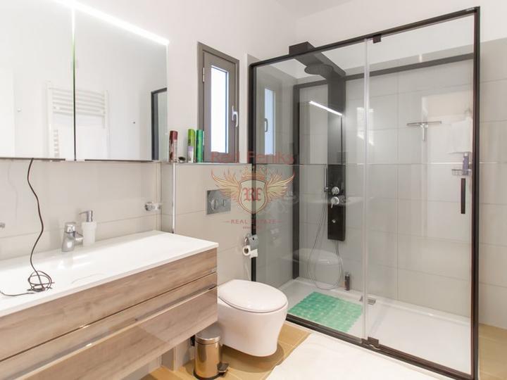 Современные виллы с 4 спальнями + план оплаты + вид на море и горы, Вилла в Кирения Северный Кипр