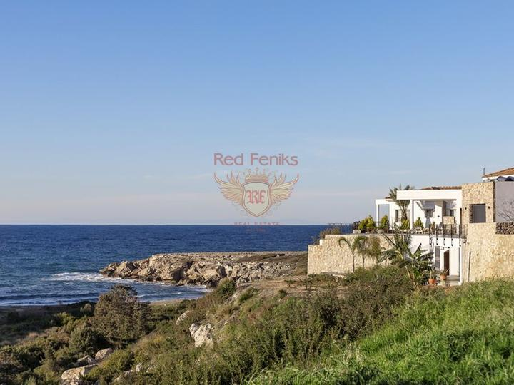 Квартира на первом этаже с 3 спальнями + кухня + общий бассейн + частный пляж, купить квартиру в Кирения