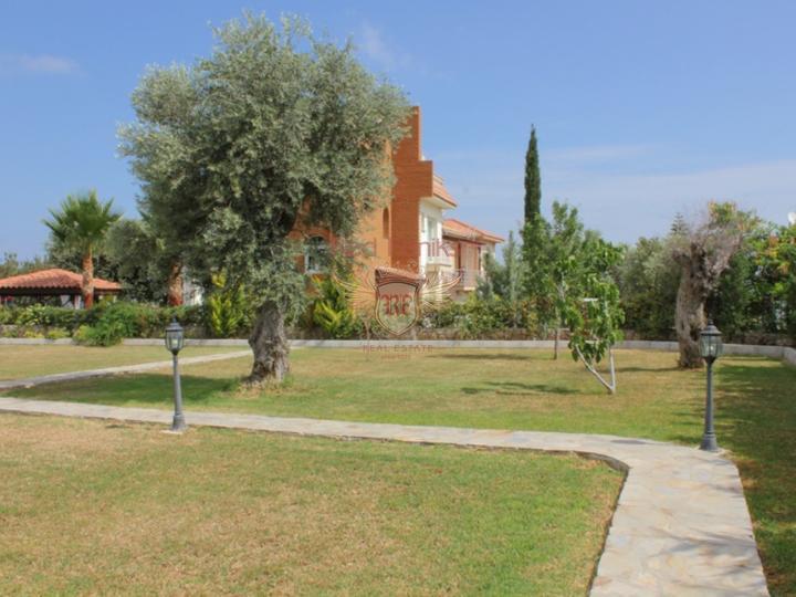 Роскошная вилла с 3 спальнями + пейзажный бассейн + центральное отопление, купить виллу в Кирения