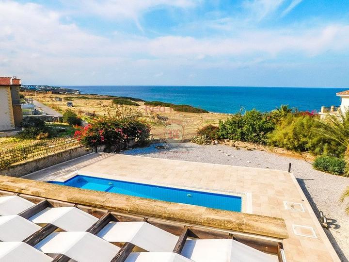 Роскошная вилла с бассейном с доступом к пляжу, Вилла в Кирения Северный Кипр