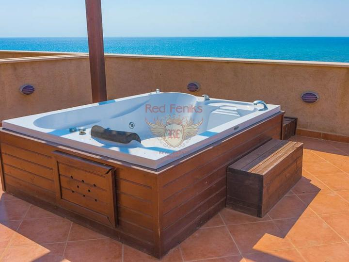 Пентхаус 3 + 1 + общий бассейн + СПА-центр + песчаный пляж + план оплаты + Титул до 74 лет в Турции, Квартира в Фамагуста Северный Кипр