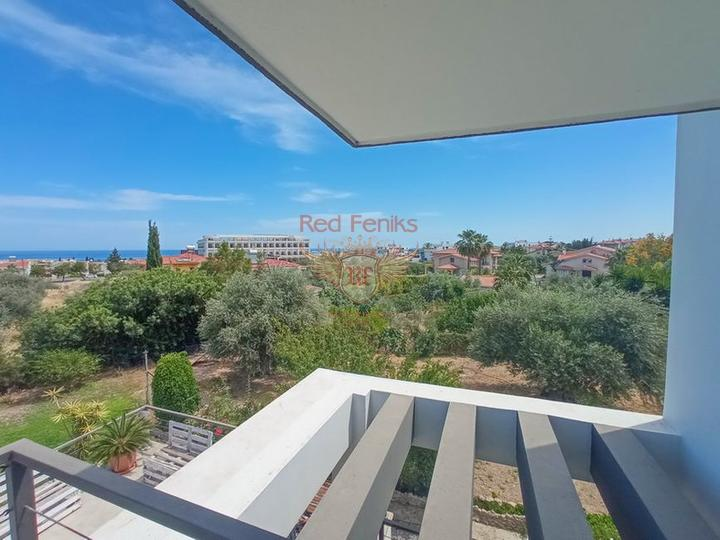 Современная вилла с 4 спальнями + большой участок + колодец, купить виллу в Кирения