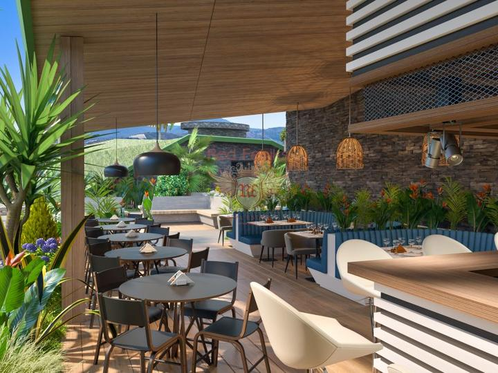 Отель расположен рядом с пляжем в посёлке Конаклы, Аланьи.
