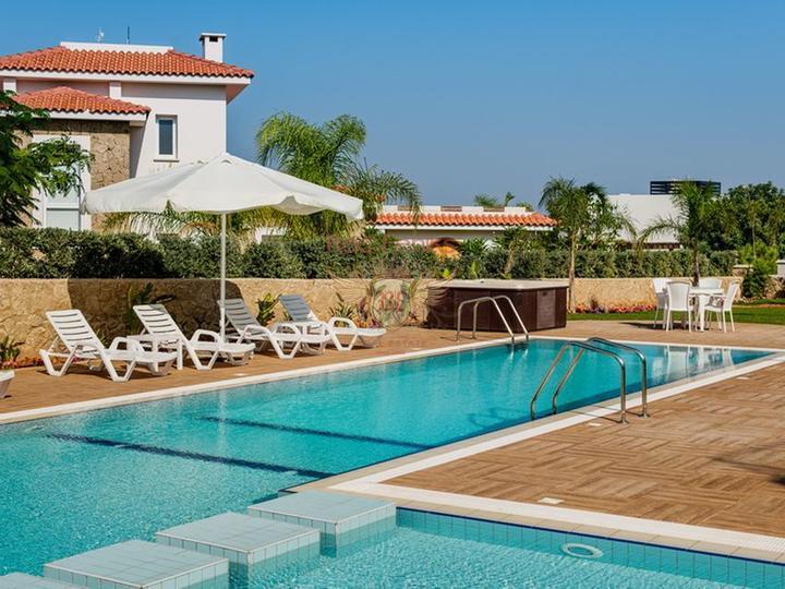 Уютная квартира всего в 300 метрах от знаменитого пляжа Чалыш в Фетхие.