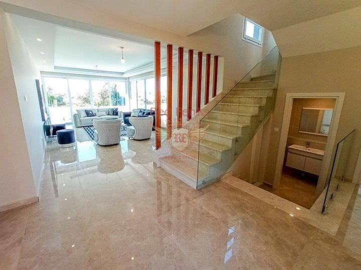 Villa for sale with sea views in Alanya Tepe - Bektas, Turkey real estate, property in Turkey, Alanya house sale