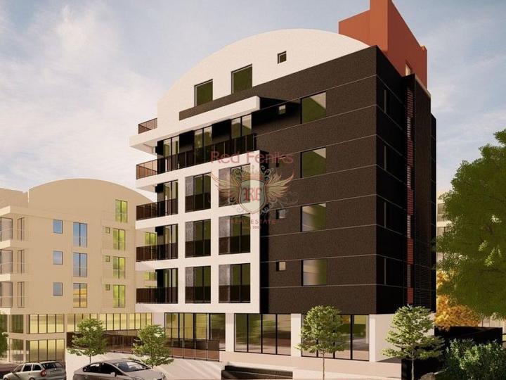 Расположение, качество и вид великолепны, респектабельная резиденция находится в 800 метрах от АЛТЫНКУМА.