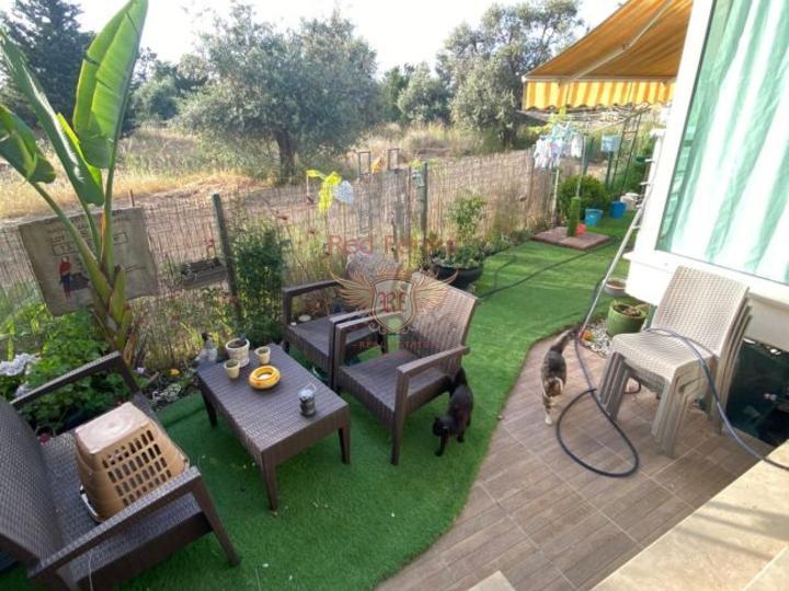 Роскошная 4-х спальная вилла с центральным отоплением, мебелью, бассейном и панорамными видами на Средиземноморье, купить виллу в Кирения
