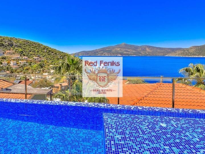 Квартира 3+1 164 кв.м на первой линии, с видом на море и горы., Квартира в Анталия Турция