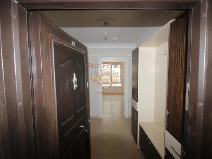 Новый замечательный дуплекс 2+1 с мебелью расположен близко к морю в элитном районе Анталии - Лиман.