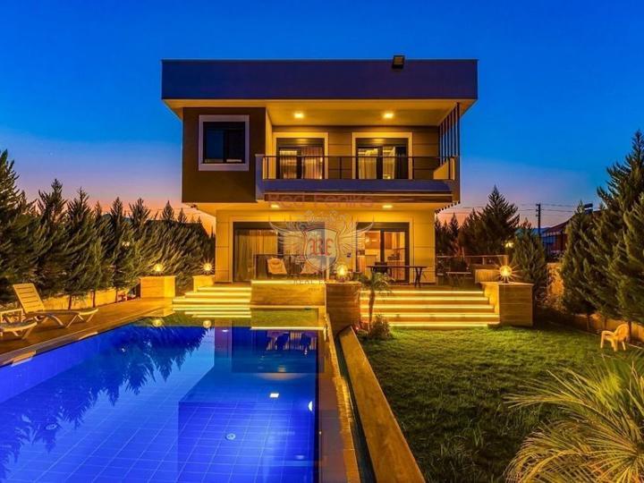 Квартира 2 + 1 в комплексе с общим бассейном.