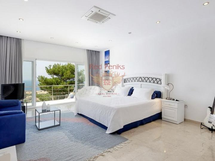 Великолепное роскошное полностью меблированное бунгало, купить дом в Кирения