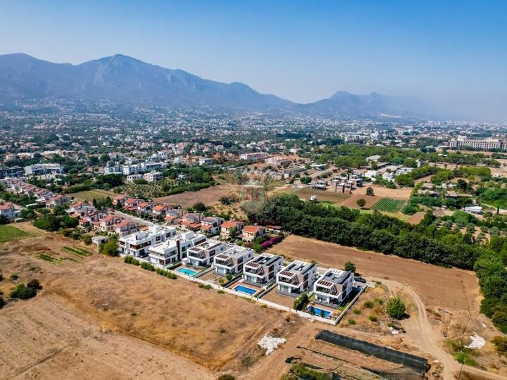 Четырех этажные виллы 6+1 с возможностью получения турецкого гражданства для всех членов семьи, Вилла в Анталия Турция