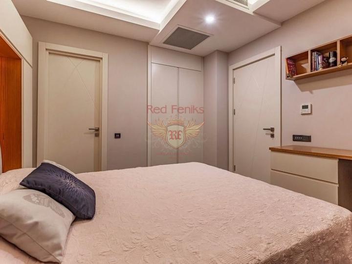 Пяти комнатная вилла на перепродажу + 8m x 5m бассейн + полностью мебелированная, купить виллу в Кирения