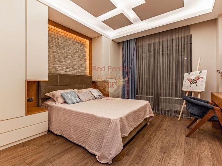 Пяти комнатная вилла на перепродажу + 8m x 5m бассейн + полностью мебелированная, Вилла в Кирения Северный Кипр